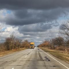 Дорожная, или про жёлтый грузовик