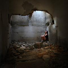 Мир жесток и несправедлив, но Твоя Душа все равно тянется к свету