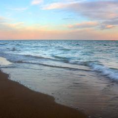 А море шумить..