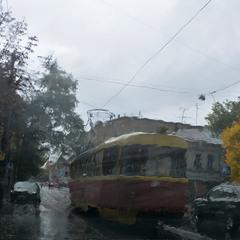В город вошла Осень