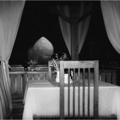 Si puo prenotare un tavolo per stasera?