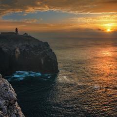 Сонце низенько, вечір близенько, спішу до тебе, моє серденько (в порт).