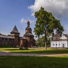 Будинок гетьманів: Самойловича, Многогрішного, Мазепи, і Батуринська фортеця.