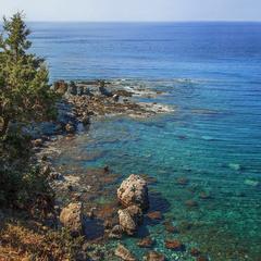 Море аморе: камені, камінці й камінчики на березі й на дні.