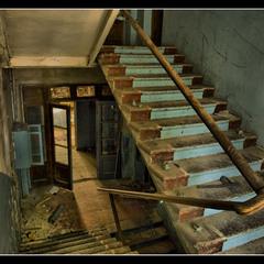 В заброшенном доме