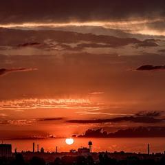 Помаранчевий захід сонця