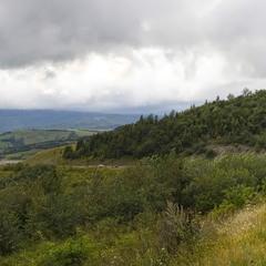 Там, за холмами...
