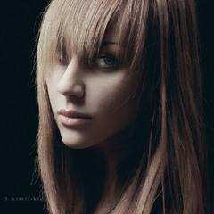 Model Nina. (Полугодичная адаптация к фотовидеопозированию и ощущению света).