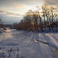 Зимний вечер у реки. Золотой блик©