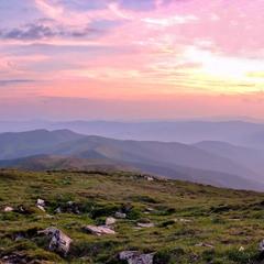 Закат на вершине Петрос