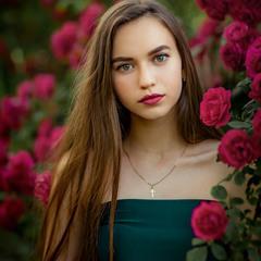 Анна и розы