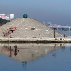 Откуда растет пирамида