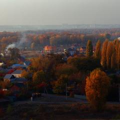 На Троещину падает Осень