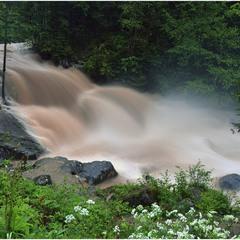 Грязевой водопад в SKOLE