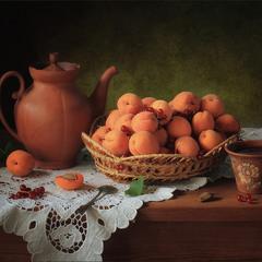 С абрикосами
