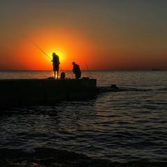 Память о солнце в сердце слабеет...