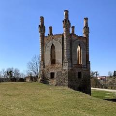 Новомалинський замок. Башня