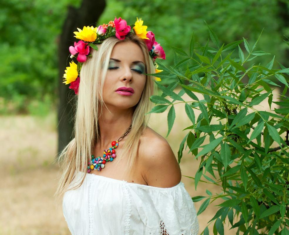 Красивые молодые украинки, жена с другим муж снимает онлайн