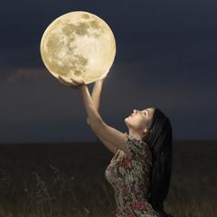 Прикосновение к Луне
