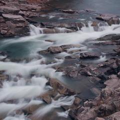 Верхня частина водоспаду Пробій.Карпати.