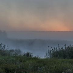 Туманный рассвет над рекой Оскол.