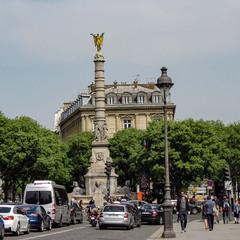 Париж,  Фонтан Победы