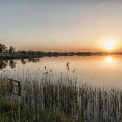 Вечір на озері Дідове...