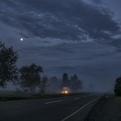 """Е-95 перед світанком... """"Миколині тумани"""""""