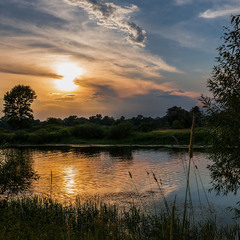 На озері Вовкуш...