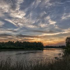 Вечір на річці...