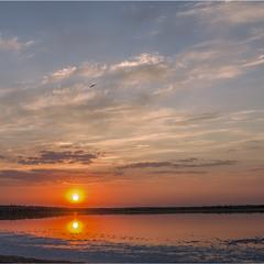 Захід над ставком Солонець-Тузли