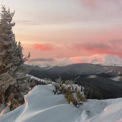Ранковий вид на Чорногору