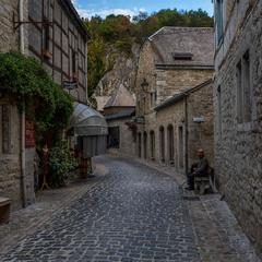 в старом городе тишина