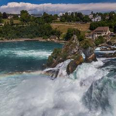 Водопад на Рейне