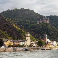 Санкт-Гоарсхаузен и замок Кошка