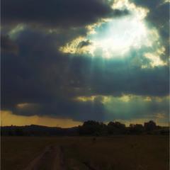 и разверзлось небо...