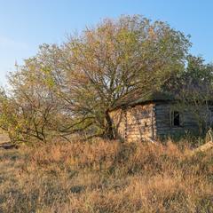 Очень уставший старый дом....