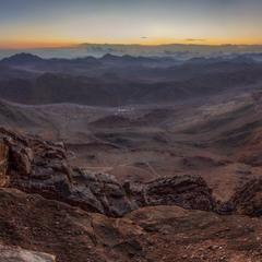 Жизнь в пустыне...