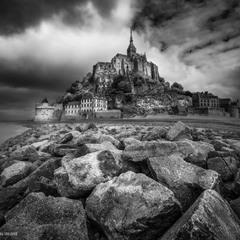Могильная Гора, остров-крепость Мон-Сен-Мишель, Нормандия.