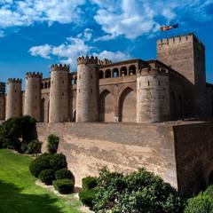 Середньовічна фортеця у сучасному антуражі