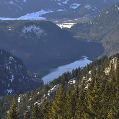 В глазах застыла синева альпийского неба