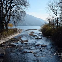 Річка, що впадає