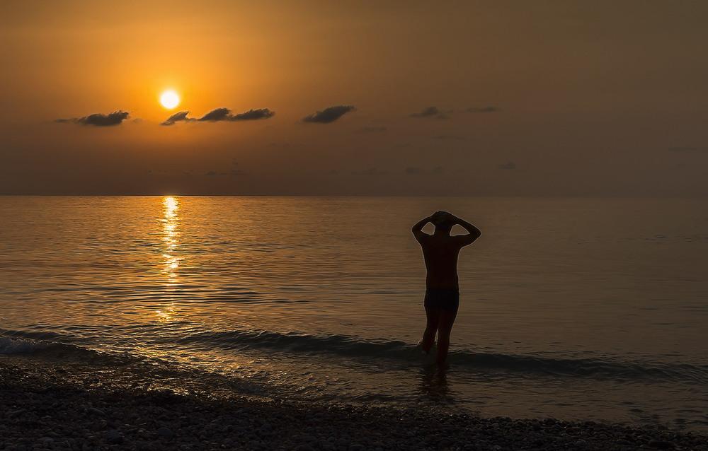 прекрасно танцует, картинки прощание с морем некоторые