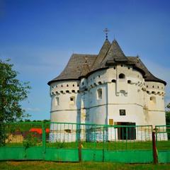 Церква-фортеця