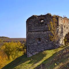 Залишки зруйнованого замку