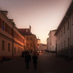 Вечір на вулиці Кирила та Мефодія