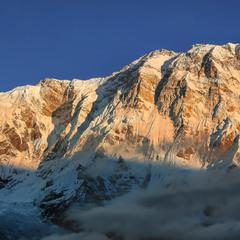 Рассвет в Гималаях( высочайшая горная система Земли)...5200м.Непал.