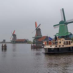Пасмурным утром...Ветряные мельницы ЗААНСЕ-СХАНС... Нидерланды!