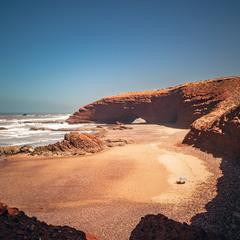 Марокканские сказки... Пляж Легзира и его каменные(ая) арки(а)!