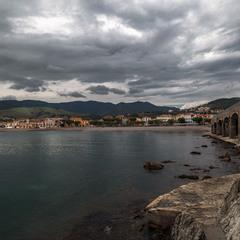 Портбоу - милый городок, раскинувшийся на самом краю Испании.